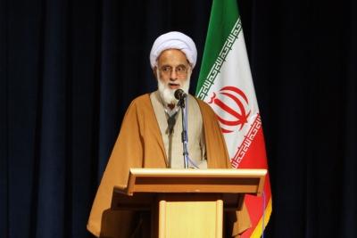 احترام به حقوق هسته ای ملت ایران از سوی غرب شرط مذاکرات است