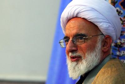 نماينده ولي فقيه در استان مركزي: غفلت از خانواده هاي زندانيان گسترش آسيب هاي اجتماعي را دامن مي زند